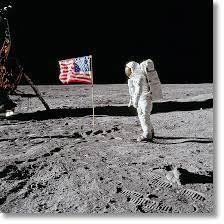 Buzz Aldrin. Apollo 11. 'Flag on the Moon' - TASCHEN Verlag