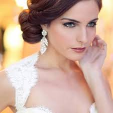 Vše Co Potřebujete Vědet Aby Váš Svatební účes Byl Opravdu Dokonalý