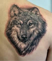 волк с огненными глазами значение тату волк