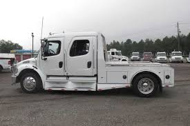 Used Freightliner Truck :: Dixie Horse & Mule Co