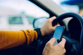 Untuk memberi tanda pada saat kendaraan akan berbelok 6. Panduan Mengemudi Mobil Aman Untuk Lansia Hello Sehat