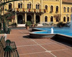 Piastrelle Antiscivolo Per Piscina : Pavimenti esterni piastrelle i masselli e il calcestruzzo stampato