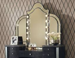 Ideas for Bedroom Makeup Vanity with Lights — Consumer Home Decor