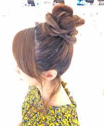 海やプールの髪型21選水着に似合うヘアスタイルはボブロング Belcy