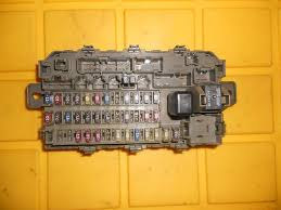 96 00 96 97 98 99 honda civic under dash fuse relay box block 96 00 96 97 98 99 honda civic under dash fuse relay box block panel b7