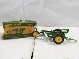 john deere toy plow toy in great shape box is