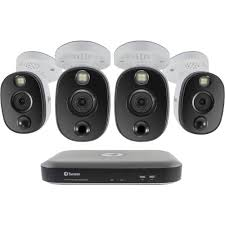 Swann Hdd Light Not On Swann 4 Channel 4k Uhd Dvr With 1tb Hdd 4 4k Spotlight Night Vision Bullet Cameras