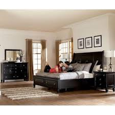 Greensburg Bedroom Set Millennium