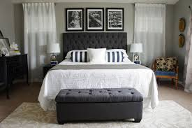 Bedroom:Gray Themed Bedroom With Upholstered Headboard Also Ottoman And  Carpet Flooring Gray Themed Bedroom