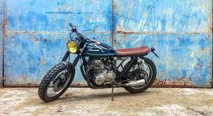 adhoc garage adhoc ad hoc ahg cafe racers scrambler brat style tracker boxer bobber moto motos motorcycles motorcycle custom adhoc cafe