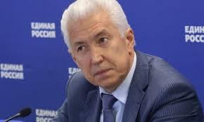 Пархоменко рассказал с кого списал свою диссертацию новый глава  Пархоменко рассказал с кого списал свою диссертацию новый глава Дагестана