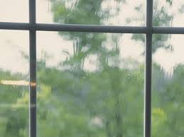 how to tell if a window seal has failed