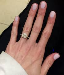 gel nails versus dip powder new