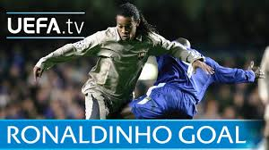 Ronaldinho: Amazing Barcelona goal against Chelsea - YouTube