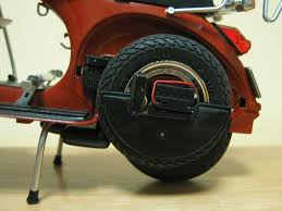 vespa the mod < a battery from my part box was added n a host of wiring and fuse box all make believe