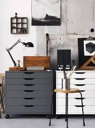 industrial style home office. Ispirazione Ikea: Ufficio In Stile Industriale | Ikea Inspiration: Industrial Style Home Office E