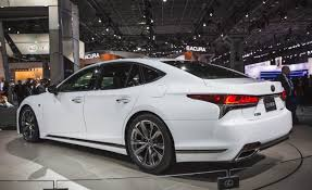 2018 lexus 350 f sport. brilliant sport the combined output from its naturally aspirated atkinsoncycle 35 liter  v6 and electric motor amounts to 354 horsepower which lexus claims is good for  in 2018 lexus 350 f sport