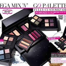 avon mega mix and go palette makeup set new in box