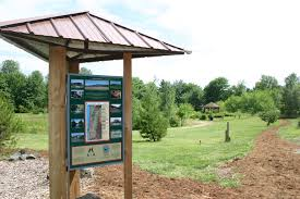 this beautiful park offers visitors a chance to admire native northwest plants and trees on the south and east borders the arboretum nestles against the
