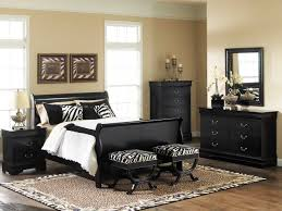 Stunning Black And White Bedroom Set Pictures Amazing Design - Beige and black bedroom