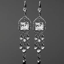 classic vintage style chandelier crystal earrings