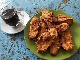 Makanan ini tak berbeda jauh. Simak Daftar 10 Camilan Asal Indonesia Yang Disukai Turis Mancanegara Travel Tempo Co