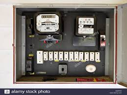 how to remove a fuse from a fuse box wiring diagram how to change a fuse in a switch at How Do You Remove A Fuse From A Fuse Box