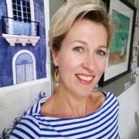 Debbie van Leeuwen Schweers - Yoga Teacher - Delight Yoga | LinkedIn