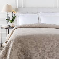 surya nile woven linen quilt in natural nil9000