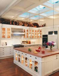 Captivating Ideas For Kitchens With Skylights - Huge kitchens