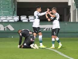 Coritiba elimina o Cianorte e garante Atletiba na decisão do Paranaense