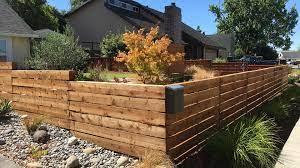 horizontal fence construction dels