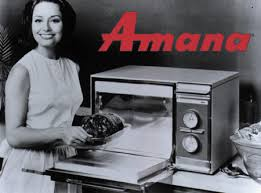 1967 amana introduces the fist countertop microwave oven