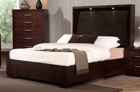 Image Of: Costco Bedroom Furniture Reviews