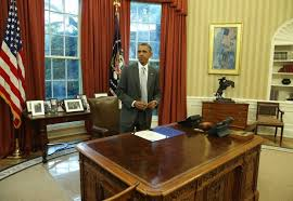 oval office table. 19 Unique Trump Oval Office Desk Table