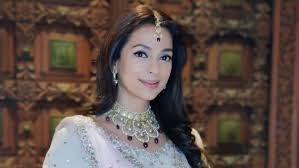 Her mother passed away in an accident during the year 1998 while juhi was filming 'duplicate'. Juhi Chawla Birthday Special How The Actress Turned Environmentalist Continues To Raise Awareness About Social Causes
