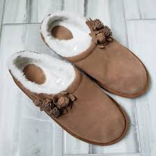 Lands End Girls Slippers Brown Faux Suede Size 6