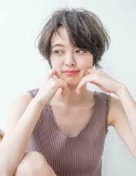 知りたいレングス別に顔が小さく見える髪型をご紹介 Arine