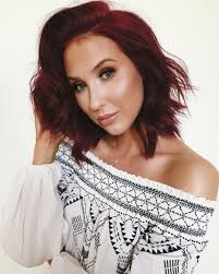 jaclyn hill dark hair. what dry shampoo does jaclyn hill use? this is her favorite product ever dark hair
