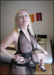 Hot mature mom sex