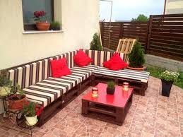 Cool Design Outdoor Furniture Made From Wood Pallets