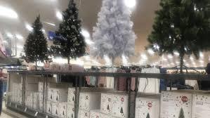 The Strange Cool Job Of Picking The Rockefeller Christmas Tree New Christmas Tree