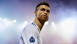 Ronaldo 3 2 6 3 1 2 2 2 date of birth/age: Ronaldo Ranked 37 Places Lower Than Messi Blocks The Website That Made The List Asviral