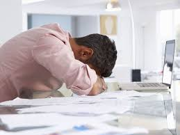 signs you re burnt out at work flash of gold if your life is a chronic state of stress and exhaustion thanks to work you re probably suffering from job burnout