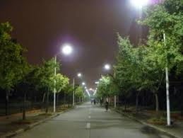 improving driver safety how to prevent streetlight glare in the new world of led lighting