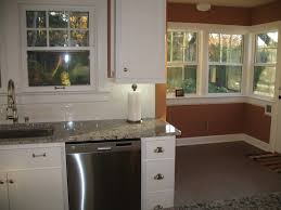 Antico Bianco Granite Kitchen Bianco Antico Backsplashes And Cabinet Paint Color