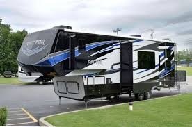 are you looking for a new luxury fifth wheel toy hauler are you looking for a 2016 keystone raptor 332ts fifth wheel toy hauler if so then we have
