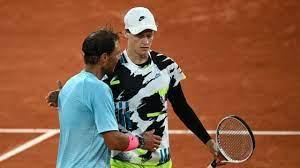 Tutti questi match si dovranno disputare nella giornata di domani, martedì, giorno che di solito coincide con l'inizio dei quarti di finale. Tennis Roland Garros Nadal Applaude Sinner E Un Talento La Repubblica
