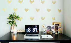 home office wall decor. Office Wall Decor Is One Of The Easiest Ways To Boost Work Culture In Your Using Decorating Ideas. This Article I Will Show You Some Easy Home A