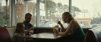 Galveston, la recensione del film di Mélanie Laurent